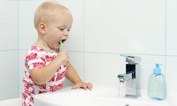 Πότε ένα παιδί πρέπει να επισκεφθεί πρώτη φορά οδοντίατρο;