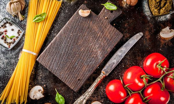 Νηστίσιμη συνταγή: Σπαγγέτι με πέστο αβοκάντο και λαχανικά