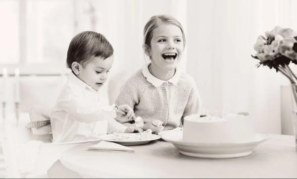 Η μικρή πριγκίπισσα είχε γενέθλια και η τούρτα της είναι από τις πιο ωραίες που έχουμε δει (pics)
