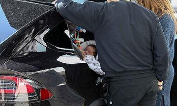 Παντού μαζί με τον δύο μηνών γιο της - Η γνωστή ηθοποιός δεν τον αποχωρίζεται λεπτό