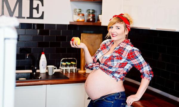 Διατροφή στην εγκυμοσύνη: Τι πρέπει να προσέξει μια έγκυος στο τρίτο τρίμηνο