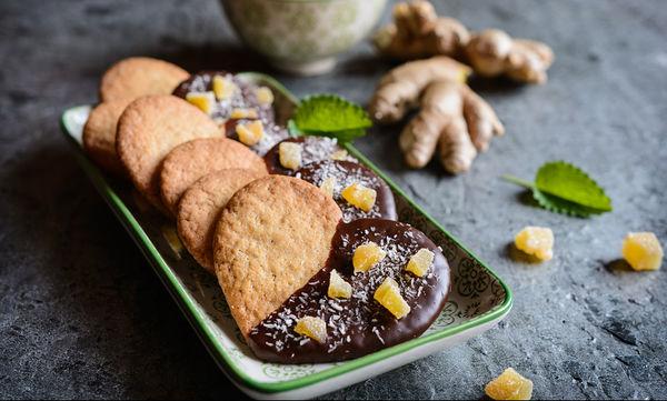 Δέκα νηστίσιμες συνταγές για να νηστέψετε με άνεση αυτή τη Σαρακοστή (γλυκές και αλμυρές)
