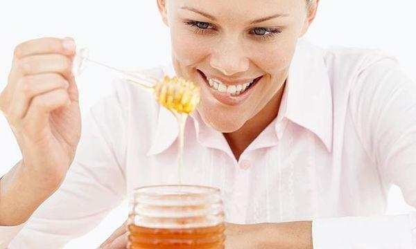 Μέλι στην εγκυμοσύνη: Μπορώ να το τρώω άφοβα;