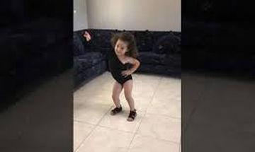 Γνωρίστε την 4χρονη θαυμάστρια της Beyonce - Είναι φοβερή (video)