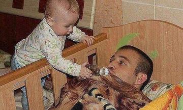 Δέκα πέντε φωτογραφίες με τους πιο απίθανους μπαμπάδες