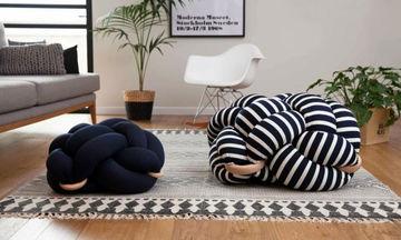 Αυτά τα μαξιλάρια είναι η νέα εμμονή στη διακόσμηση