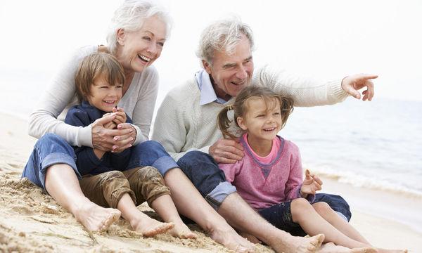 Πόσο παρεμβατικοί μπορεί να είναι οι παππούδες στην ανατροφή ενός παιδιού;