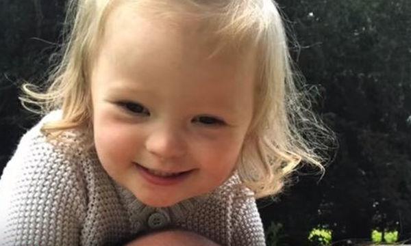 Αυτή είναι η καθημερινότητα της Lily, ενός παιδιού με σύνδρομο Down - Όχι, δεν είναι «τρομακτική»