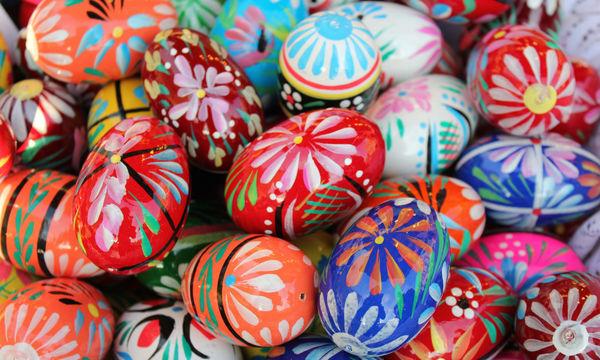 Διακοσμήστε τα πασχαλινά αυγά με χρωματιστά λουλούδια - Είκοσι μοναδικές ιδέες