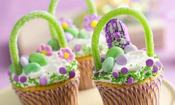 Υπέροχες ιδέες για να διακοσμήσετε τα πασχαλινά καλαθάκια (pics)