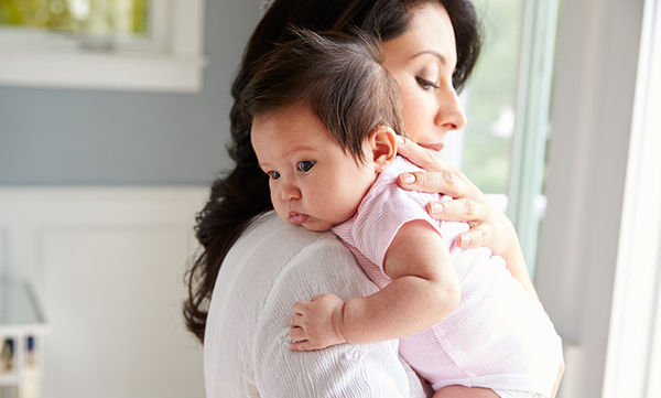 Κάθε πότε πρέπει να ρεύεται το μωρό;