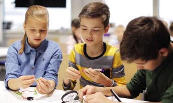 Κουτί εξερεύνησης «Κόμποι»: Για τα παιδιά που λατρεύουν την περιπέτεια