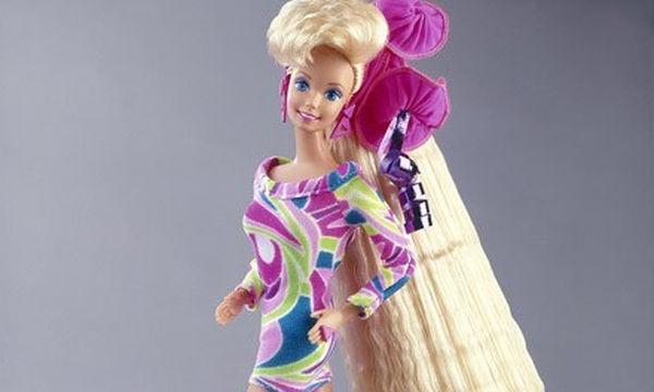Πόσες από εσάς θυμούνται την κούκλα Barbie Totally Hair 90s ... 4c58d4837ff