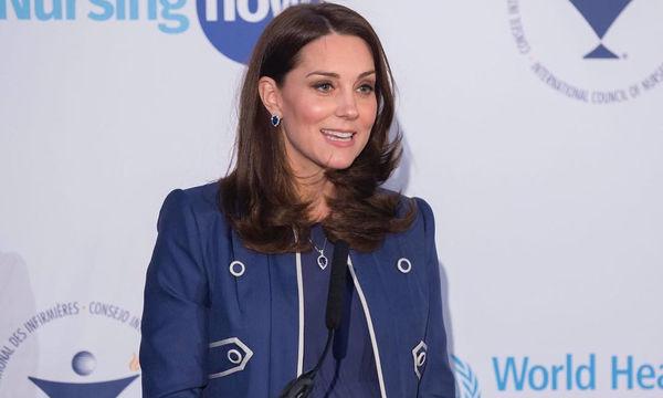 Live Streaming από το μαιευτήριο: Η Kate Middleton γέννησε το τρίτο της παιδί