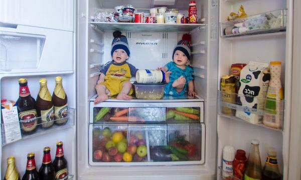 Φωτογραφίζει τους δίδυμους γιους του στις πιο απίστευτες πόζες που έχετε δει (pics)
