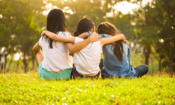 Το ακούσαμε κι αυτό: Νηπιαγωγείο απαγόρευσε στους μαθητές να χρησιμοποιούν τον όρο «καλύτερος φίλος»