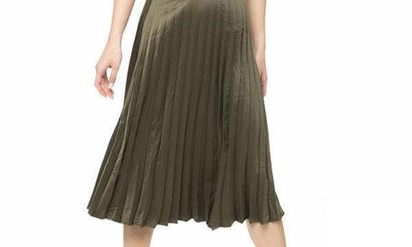 Πρόταση δώρου για τη Γιορτή της Μητέρας: Μίντι πλισέ φούστα σε χακί χρώμα