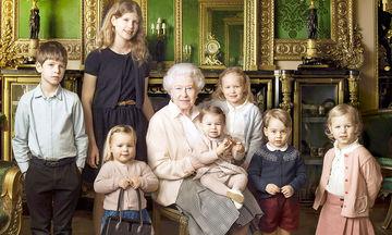 Βασίλισσα Ελισάβετ: Γνωρίστε και τα έξι δισέγγονά της (pics)