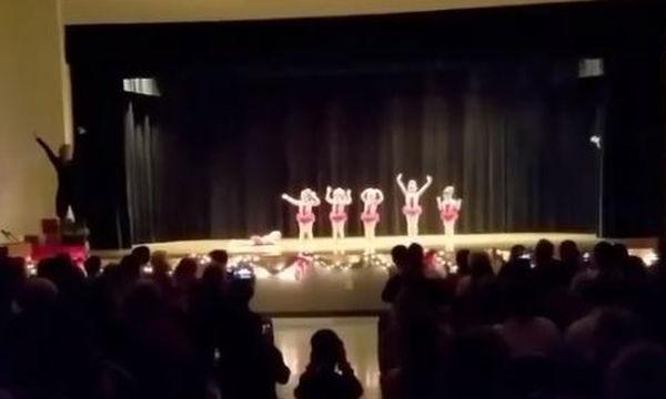 Η μικρούλα δεν ήθελε με τίποτα να χορέψει και το έδειξε με τον πιο ξεκάθαρο τρόπο (video)