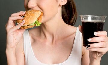 Διατροφή & γονιμότητα: Τι πρέπει να αποφεύγει μια γυναίκα