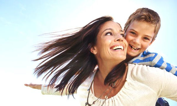 Δεκαπέντε φράσεις που θα πρέπει να λέτε στο παιδί σας κάθε μέρα