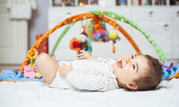 Kου-κου τζα! Η σημασία αυτών των παιχνιδιών και της μονιμότητας του αντικειμένου στα βρέφη