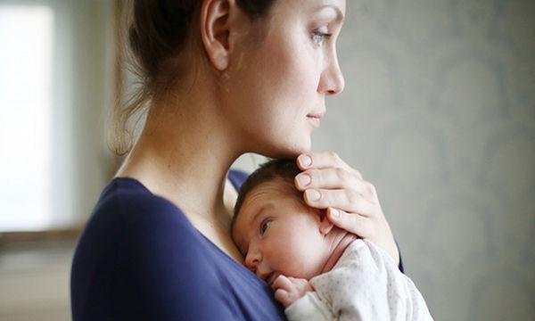 Μαμάδες με διπολική διαταραχή: Τι συμβαίνει στην καθημερινότητά τους;