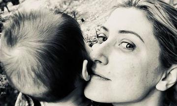 Σία Κοσιώνη: «Θέλω να αφιερώνω περισσότερο χρόνο στο παιδί μου»