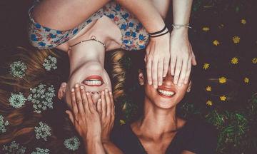 Έχεις αδερφή; Είσαι πιο ευτυχισμένη και αισιόδοξη σύμφωνα με την επιστήμη