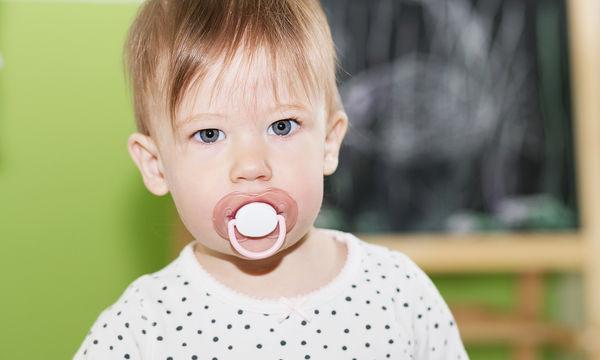 Μπορεί η πιπίλα να επηρεάσει τα δόντια του παιδιού μου;