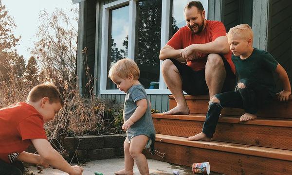 Η ζωή με αγόρια στο σπίτι μέσα από φωτογραφίες