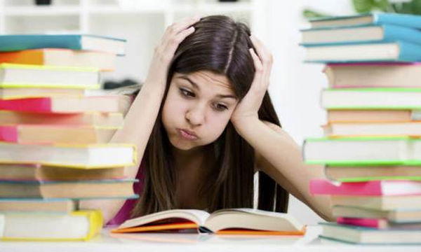 Πώς επηρεάζει η ζέστη τις επιδόσεις των μαθητών στις εξετάσεις