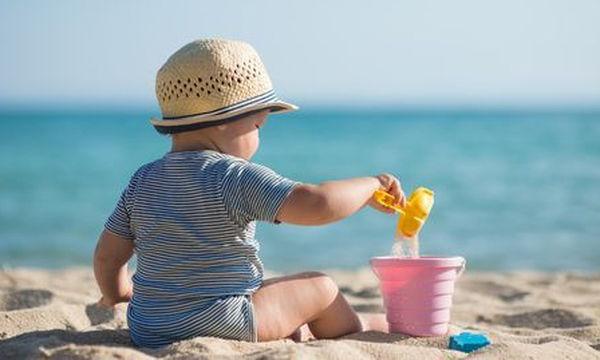 Πρώτο μπάνιο μωρού: 7 tips που θα κάνουν την πρώτη φορά, μια αξέχαστη εμπειρία