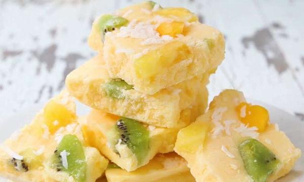 Παγωμένο γιαούρτι με τροπικά φρούτα - Φτιάχνεται στο λεπτό!