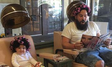 Γνωρίστε τον πιο αστείο μπαμπά με την κόρη του, που κάνουν θραύση στο Instagram με τις πόζες τους