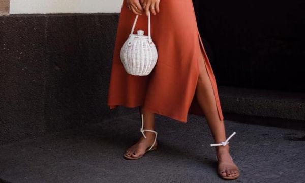Shopping time: Τα σανδάλια που θα φορέσεις με όλα σου τα καλοκαιρινά outfits