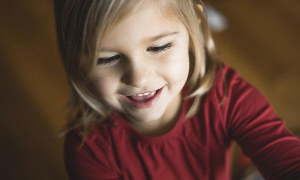 Οι βιταμίνες που χρειάζεται το παιδί ανάλογα με την ηλικία του