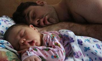 Γιορτή του Πατέρα: Κατά πατέρα, κατά γιο! 12 φωτογραφίες που θα τις λατρέψετε