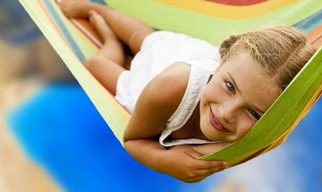 Οχτώ διασκεδαστικά πράγματα που μπορούν να κάνουν οι έφηβοι το καλοκαίρι για να μην βαρεθούν