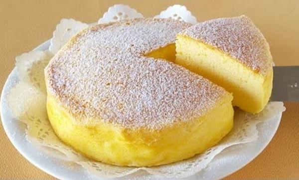 Αφράτο και εύκολο cheesecake με τρία μόνο υλικά (video)