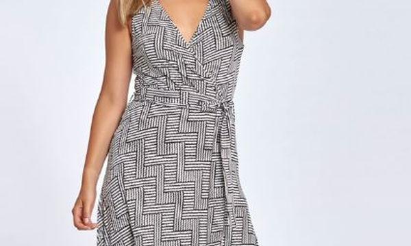 Αυτό το φόρεμα θα γίνει το αγαπημένο σας για το καλοκαίρι