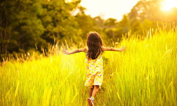 Βιταμίνη D: Γιατί είναι απαραίτητη στα παιδιά και σε ποιες τροφές θα τη βρείτε