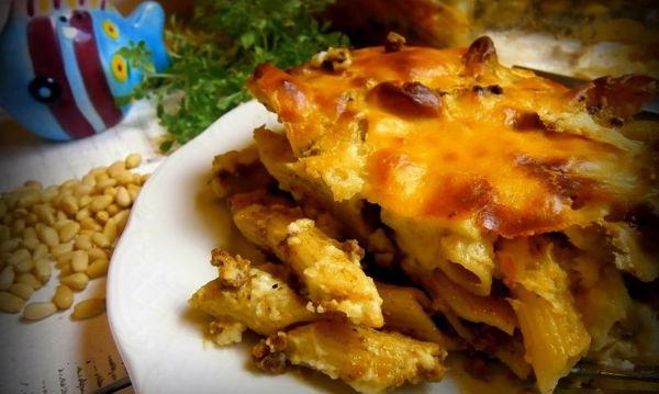 Νόστιμη και εύκολη συνταγή για καλοκαιρινό παστίτσιο με πέστο βασιλικού