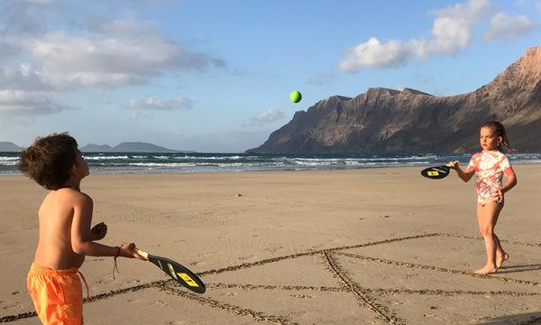 Ρακέτες με βεντούζες - Για ατελείωτο παιχνίδι στην παραλία
