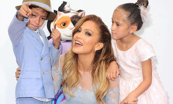 Jennifer Lopez: Τα δίδυμα έχουν μεγαλώσει πολύ