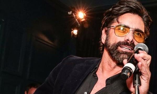 John Stamos: Έχει ανεβάσει λίγες, αλλά σίγουρα τις καλύτερες φωτό του γιου του