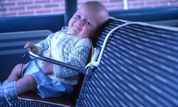 Είκοσι vintage παιδικά καθίσματα αυτοκινήτου - Δεν θυμίζουν σε τίποτα τα σημερινά (pics)