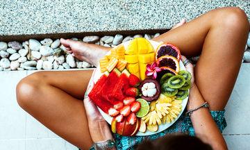 Πώς θα προσέξω τη διατροφή μου στο εστιατόριο κατά την περίοδο των διακοπών;