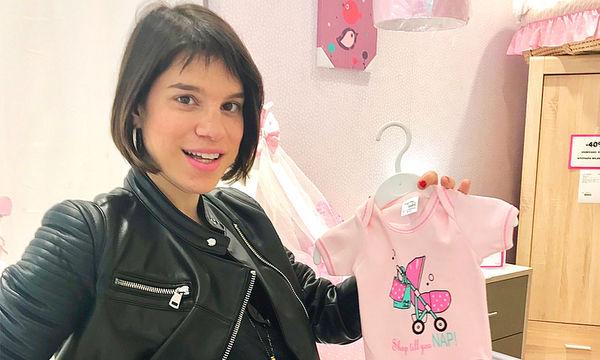 Μόνικα Χριστοδούλου: Η πρώτη φωτογραφία της νεογέννητης κόρης της (pics)