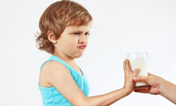 Το παιδί μου σταμάτησε να πίνει γάλα. Τι πρέπει να κάνω;